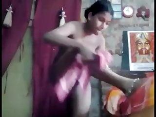 इंडियनगल लेसबो फुटप्ले