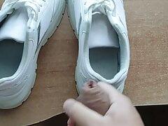 Cum in girlfriend sneakers