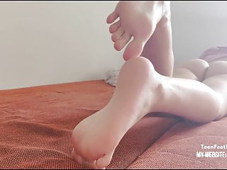 Voyeur for my Step Sister Long Legs and Sexy Feet