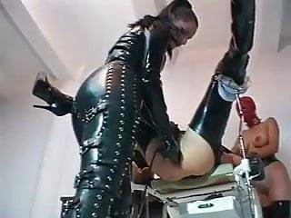 fisting latex slutsPorn Videos
