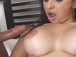 Super shemale do nasty anal sex...