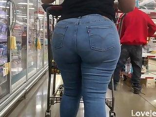 Ebony in levi jeans...