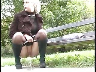 Park pee...