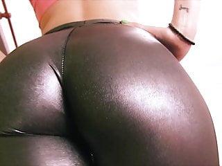 Teen has a huge cametoe in tight rubber...