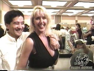 Vintage Tits porno: Fantasia - Glamourcon 5 (1995)