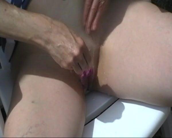 Milf Wet Pussy Masturbation