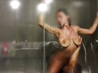 In need of sex tanned old milf fucking he companion in bathtub