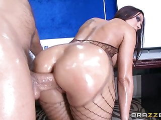 Brazzers – Rachel Starr Shows off her sexy as