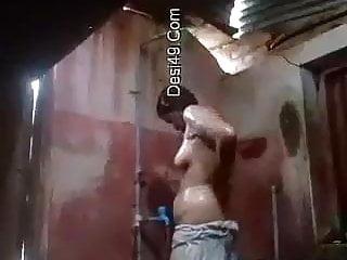 North desi whore bathing