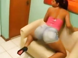 Brazilian teen with big ass, dancing funk.
