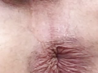 SUPPER CLOSE UP OF ME PEEING ON MY BUTTHOLE