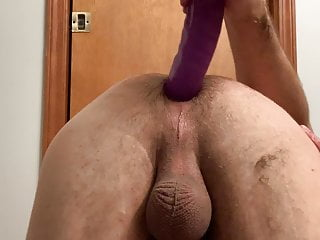 Going deep with long big dildos