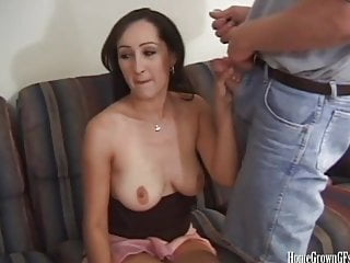 Busty amateur in threesome...