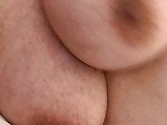 Big saggy hanging tits jiggling on mature big nippled mommy