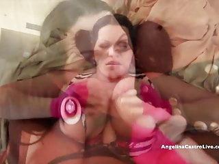 Angelina Castro si mette al lavoro da una ragazza muscolosa