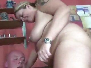 Ehemann fickt reife Frau und Ex-Frau