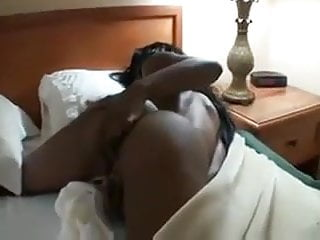 Ebony Babe Masturbates On Bed