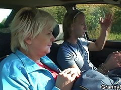 Hitchhiking Blond Grandma Picked Up And Doggy-fucked Roadsid