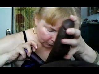 Granny blonde like cum...