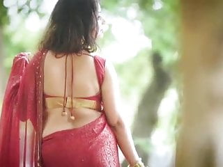 Fuckable Indian AUnty Rupashree In Red Sari outside