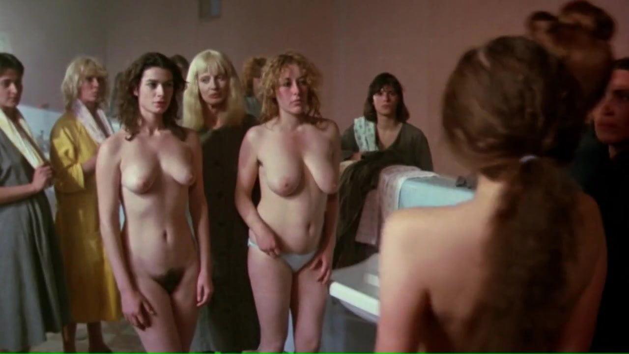 Ravin emilie naked de Emilie De