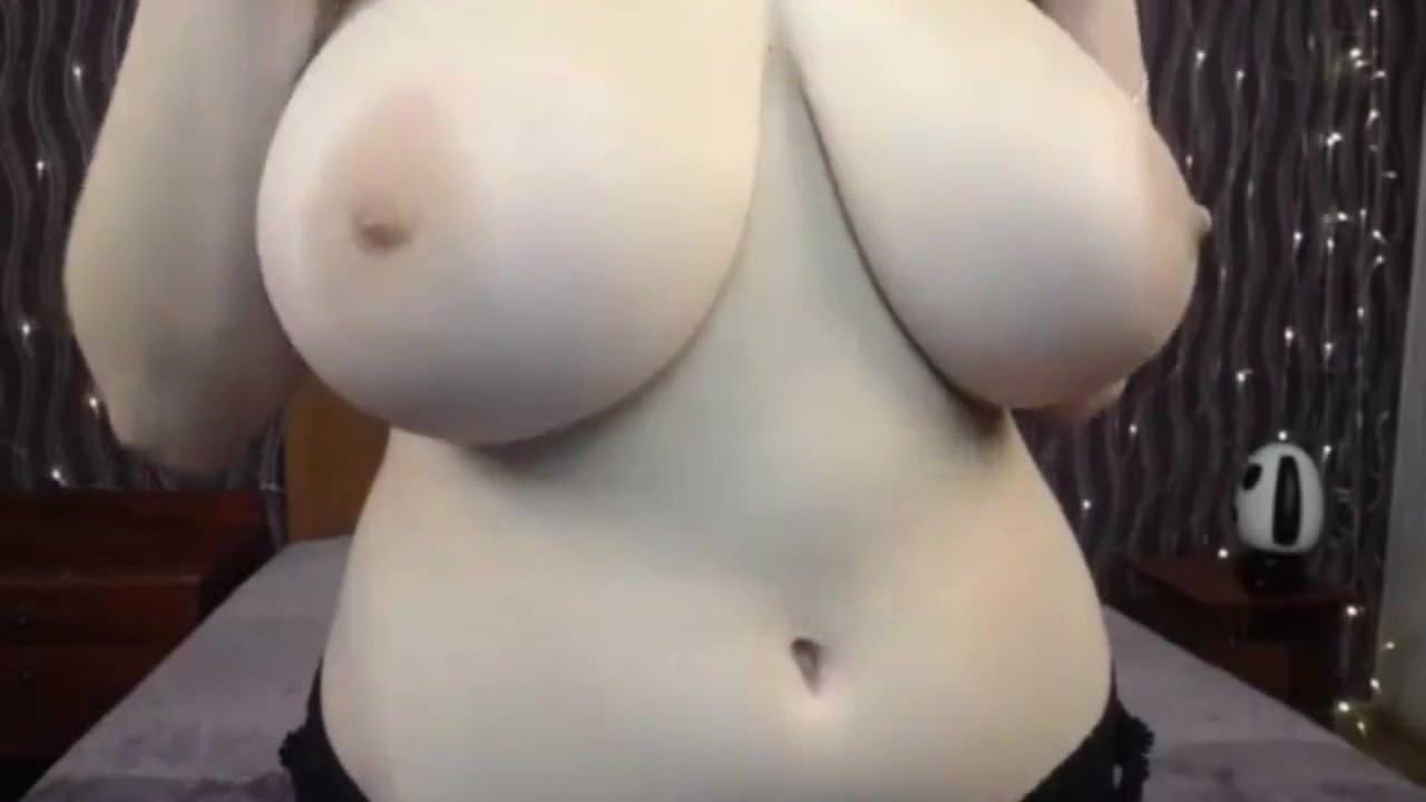 Huge Natural Ebony Tits