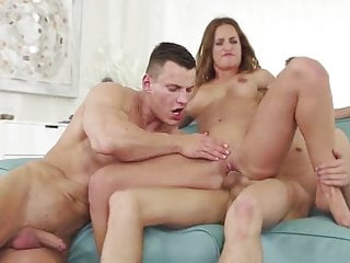 nice couple bisex 2 by flash...