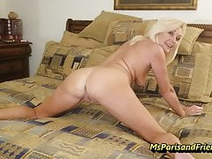 The Naked Gaping Pussy JOI with Ms Paris Rose