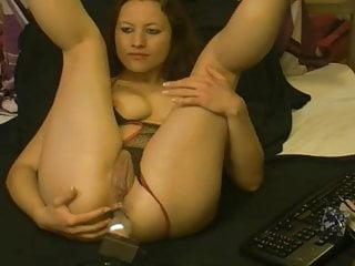 Webcam girl does vaginal machine...