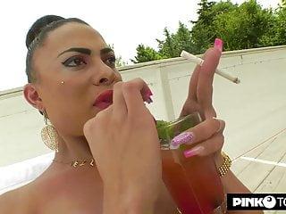 anus Marques a fucks Sensuale Keylla shemale hot