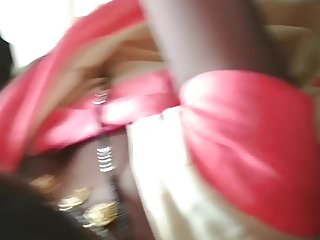 desi aunty bhabhi boob cleavage view in bus