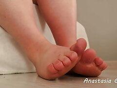 Dirty feet #1