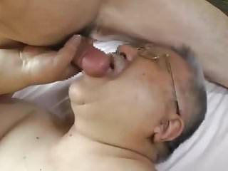 Jap papi passionate for cock...