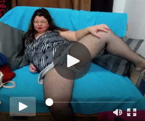 Free Live Sex Chat with SweetMommaX d57