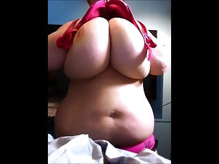 fat tits flashes on webcam...