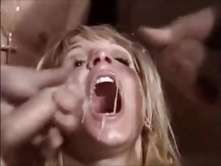 Britney spears retro cumshot fake video...