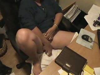 Spy cam caught milf masturbating at computer