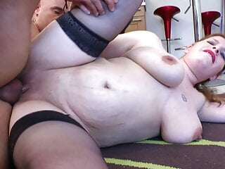 Curvy french wife wants sex...
