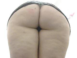 Gurgle goddess 039 round butt upskirt shot...