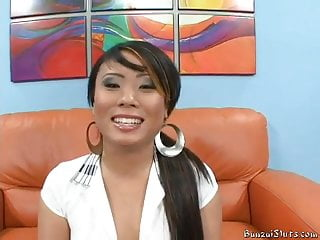 Holly gets couch ir wmaf...