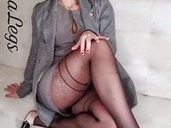 Lina Legs in pantyhose