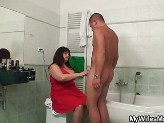 cum the helps bathroom in mother Big him boobs