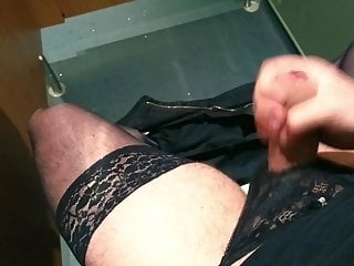 Crossdressed wank in posh...