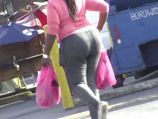 Candids ebony bbw huge ass in tight pants...