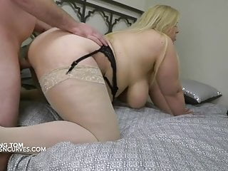Peeping tom acquires to bang large busty blonde lover
