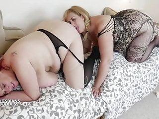 Lesbian anal ladies...