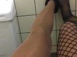 Hose der unter nylons auf dem WC