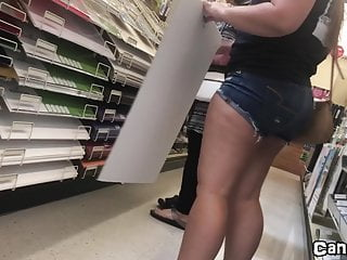 CANDID PAWG Shops for College P2