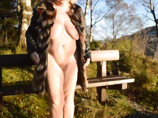 Goldenpussy me in fur nude again...
