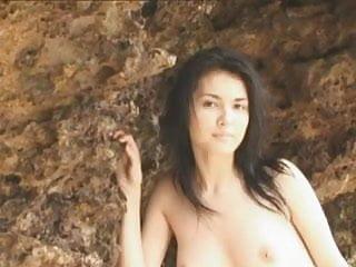 Maria ozawa posing...